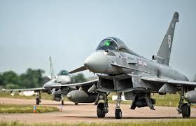 イギリス戦闘機2.jpg
